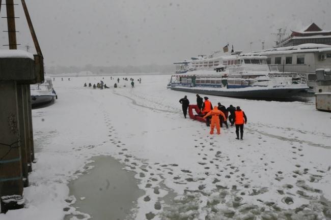 С начала года в Киеве под лед провалились два человека