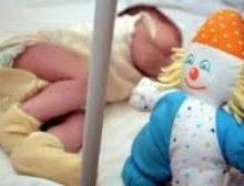 В Киеве умерла 2-летняя девочка, наглотавшаяся таблеток