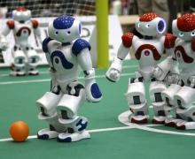 Во Дворце спорта роботы сыграют в футбол