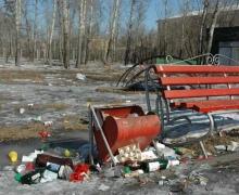 Из центра Киева убрали урны для мусоры