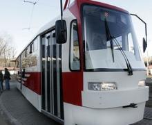 Попов спустил на рельсы скоростного трамвая вагоны киевского производства