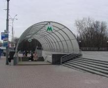 """На """"Дорогожичах"""" в подземном переходе сдается клочок площади"""