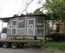В Днепровском районе коммунальщики демонтировали 11 МАФов