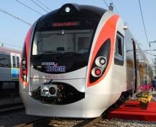 С 27 мая киевляне будут ездить на поездах Hyundai Rotem