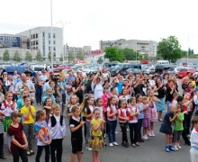 Дети смогут спеть вместе с Потапом и Настей
