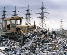Столичный чиновник решил, что мусорить можно прямо под себя