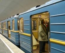 Сегодня метро будет работать до двух часов ночи