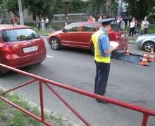 В Киеве под колесами двух машин погиб 8-летний ребенок