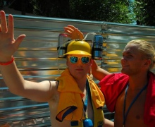 В Киеве шведы использовали 380 тысяч литров воды