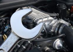 Чиновник КГГА украл деньги, выделенные на ремонт авто