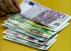 Риски снижения евро в июле сохраняются