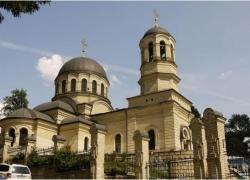 Главный больничный храм Киева отметил престольный праздник
