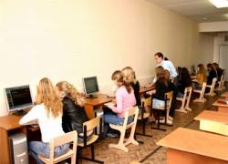 Киевским школьникам не хватает рабочих компьютеров