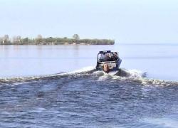 Двое мужчин потерпели бедствие в акватории Киевского водохранилища