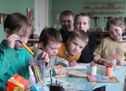 Столичные дети-сироты смогут бесплатно посещать внеклассные занятия