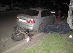 Ночью в Киеве насмерть разбились мотоциклист и пассажир