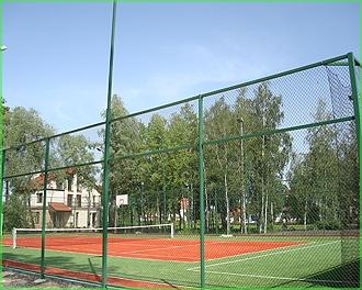 Власти собираются провести комплексный ремонт спортивных площадок