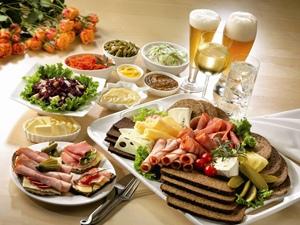 Заказ еды решает проблему обеда офисных работников