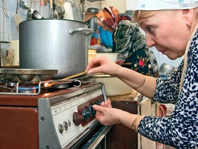 Жители Дарницкого района в любой момент могут отравиться газом