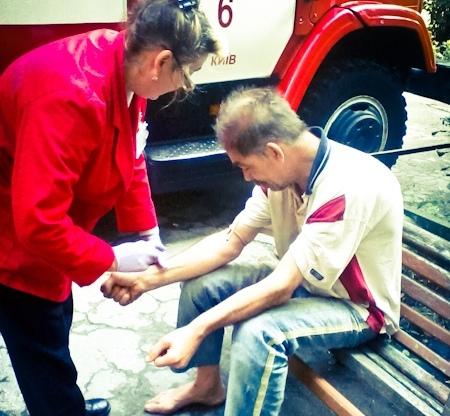 Пожарные спасли мужчину, который не заметил, что в его квартире пожар