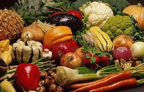 Киевлянам обещают дешевые стабильные овощи, фрукты и хлеб
