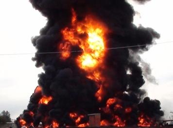 В Борисполе во дворе своего дома взорвался мужчина