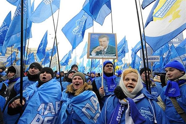 """После выборов """"регионалов"""" ждут кадровые ротации"""
