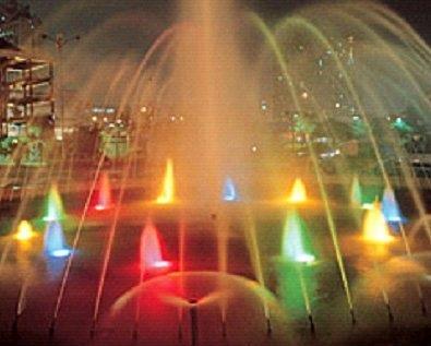 В Киеве открывают фонтан с ночной декоративной подсветкой