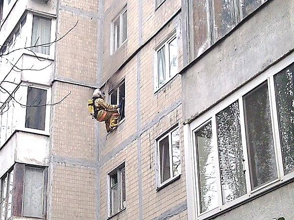В Киеве на проспекте Победы горела квартира