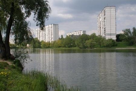 На озере Тельбин завершен первый этап реконструкции сквера