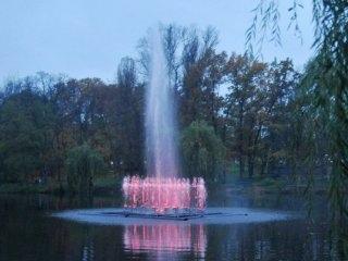 В Киеве будет еще больше плавучих фонтанов