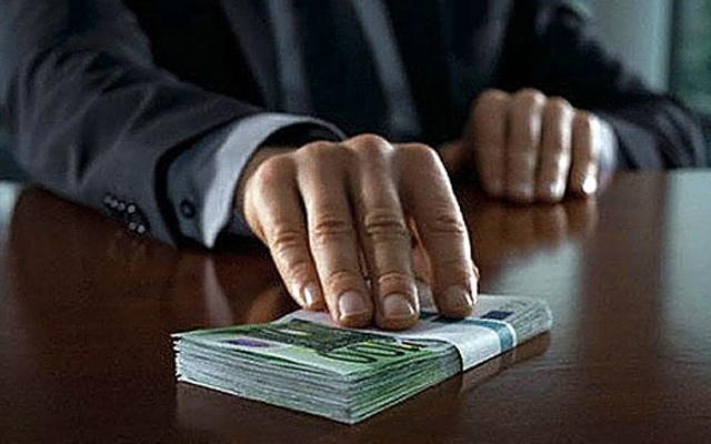 Подполковник милиции вымогал у абитуриента деньги за поступление