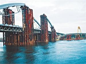 Подольский мост могут достроить уже в следующем году