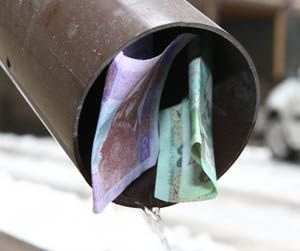 Киевские журналисты взвинтили цены на воду для населения