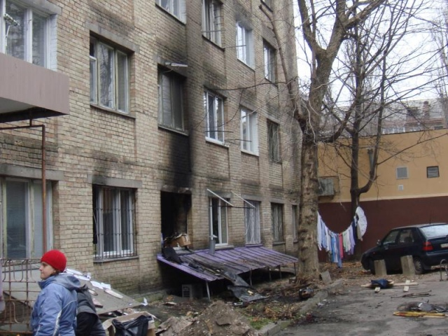 В Киеве горело общежитие (ФОТО)