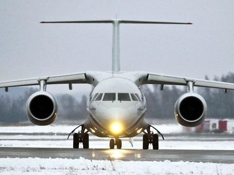 На пути в Киев у самолета в небе отказал двигатель