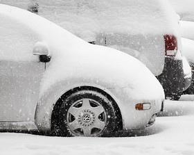 В Киев для уборки снега вернут эвакуаторы