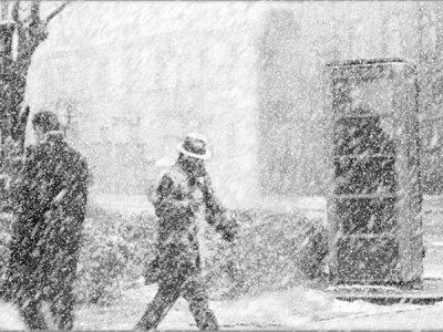 Киевские коммунальщики не волшебники, чтобы убрать снег за секунду
