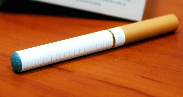 Разница между обычной и электронной сигаретами