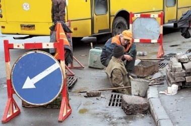 Попов подсчитал, сколько в Киеве проблемных дорог