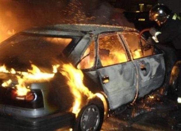 В столичном гаражном кооперативе сгорели иномарки