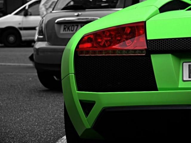 Матовая пленка изменит цвет авто и защитит от механических повреждений