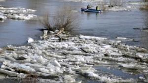 Снег в Киеве не повлияет на повышение воды в Днепре