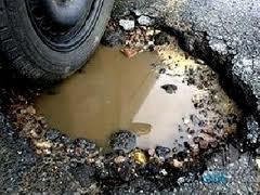 Попов решил вырезать асфальт на киевских дорогах
