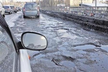 """Попов пообещал устранить """"ад"""" на киевских дорогах"""