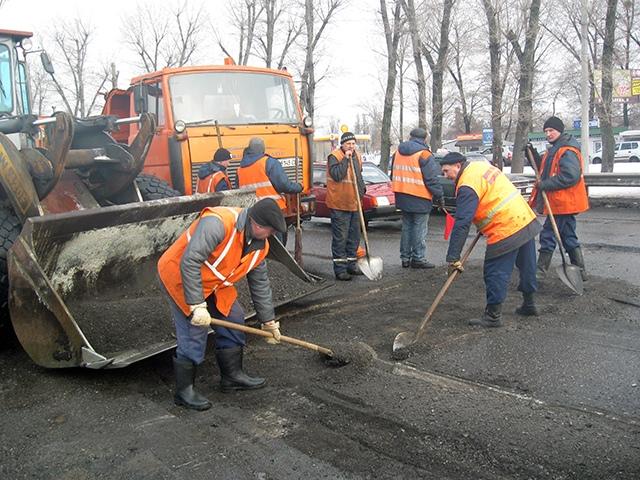 Попов обрадовался, что дорожники приступили к ремонту