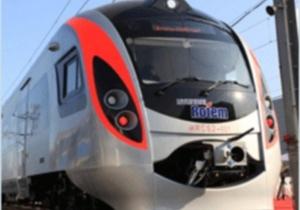 """Железнодорожники выяснят, что произошло с """"Хюндаем"""" по дороге из Донецка в Киев"""