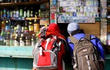 В киевских киосках не будут продавать коньяк и водку