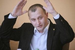 В Киеве обчистили депутатскую машину