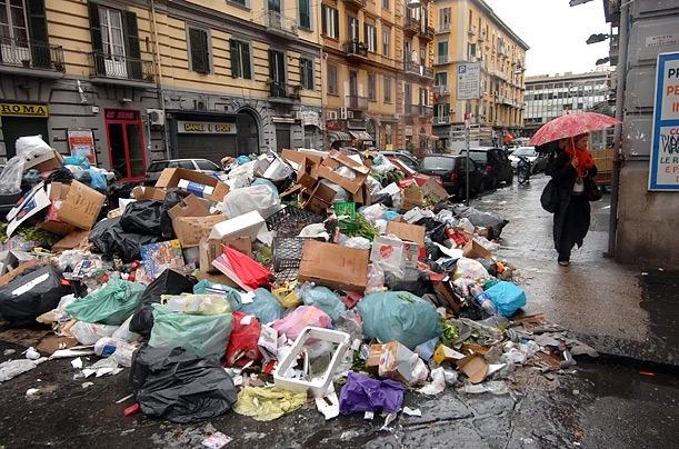 За мусор мимо урны будут штрафовать от 850 до 1700 гривен